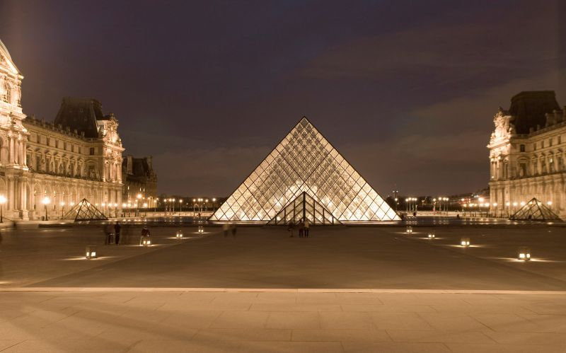 Paris pyramid louvre at night by sunnydarkside-d2xnw89